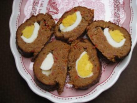 Gefüllter Hackrollbraten mit Eier - Rezept