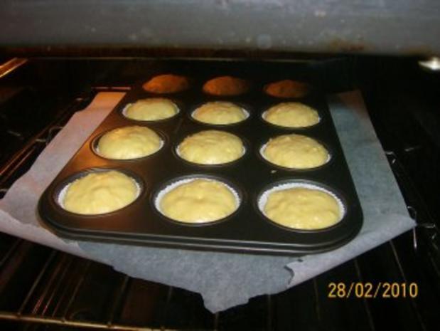 Apfel-Muffins mit Nutellaklecks und bunte Streusel - Rezept - Bild Nr. 2