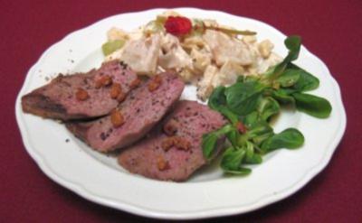 Waldorfsalat mit Entenbrustfilet - Rezept