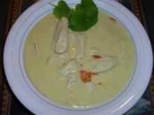 Kokossuppe mit Huhn und Minze - Rezept