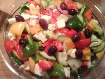 Salat ~ Griechischer Art ~ - Rezept