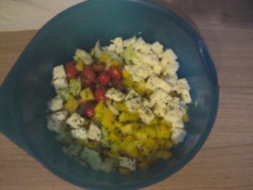 Rezept: Gemischter Salat mit Balsamicodressing ganz einfach