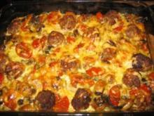 Kartoffel-Pilz Gratin mit Hackbällchen - Rezept