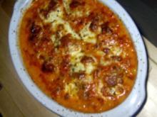 Orientalische Hackbällchen in Tomatensoße mit Mozarella überbacken - Rezept