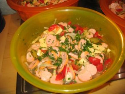Party: Bayr.Bockwurst-Salat für mind. 20 Personen! - Rezept