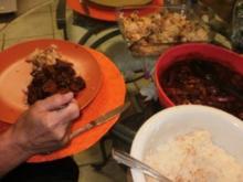 Paprika Schweinefleisch  -Es sieht wie Goulash aus,  mit verschiedenen Paperikaschoten- Schnell in 30 Minuten - Rezept
