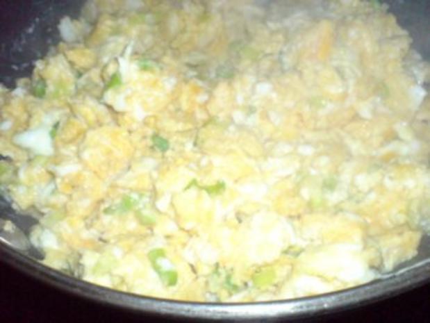 Kartoffelbrei mit Rührei und Gurkensalat - Rezept - Bild Nr. 16