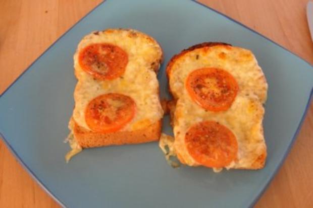 Tomaten Mozzarella Toast - Rezept
