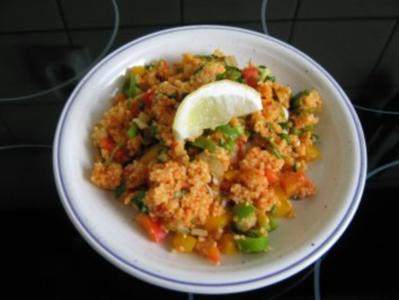 Couscous-Salat mit Joghurt-Minze-Dip - Rezept
