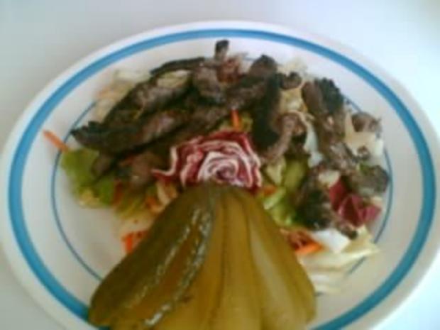 Salat mit Steakstreifen - Rezept
