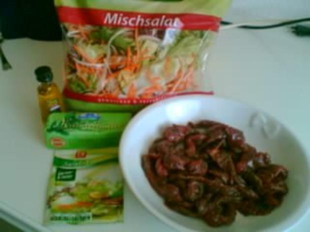 Salat mit Steakstreifen - Rezept - Bild Nr. 2