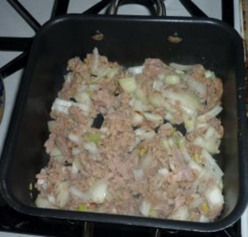Spagehtti mit Thunfischsoße und Erbsen - Rezept
