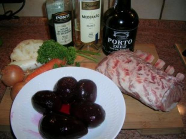 Iberico-Schweine-Karree mit spanischen Saubohnen an Rote-Beete-Pürree und Rioja Sauce - Rezept - Bild Nr. 3