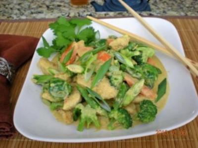Hähnchengeschnetzeltes mit Brokkoli und Karotten - Rezept