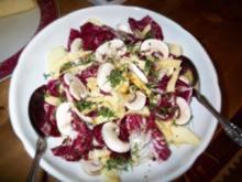 Radicchio-Apfel-Käse-Champignon-Salat - Rezept