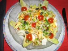 Chicoreesalat mit Apfelstiften und Tomätchen und einer Mandarinen-Senf-Vingrette - Rezept