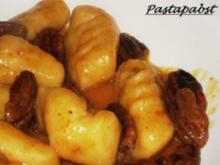 Gnocchis mit Orangen-Pekanuss-Sauce - Rezept