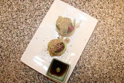 Tuna–Rolls - roher Tunfisch, mariniert in Sojasoße und Sesamöl - Rezept - Bild Nr. 9