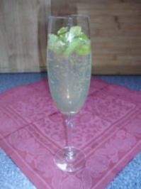 Zitronen-Sekt-Cocktail - Rezept