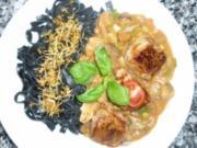 Schwarze Tonnarelli al nero mit Waldpilz- Metaxa -Sauce und Schweinefilet - Rezept