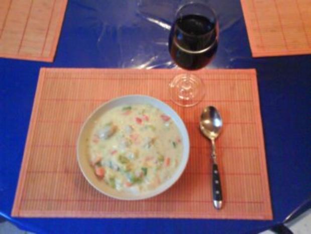 Suppe: Bunte Mettklößchensuppe - Rezept