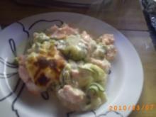 Hauptgericht: Lachsgratin mit Zucchini, dazu Salzkartoffeln - Rezept