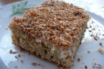Kuchen: Dinkel-Blechkuchen mit Kokosraspeln - Rezept