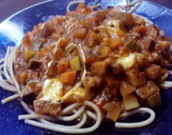 Nudelpfanne mit Zucchini und Mozzarella - Rezept