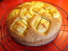 Versunkener Apfelkuchen mit Bilder - Rezept