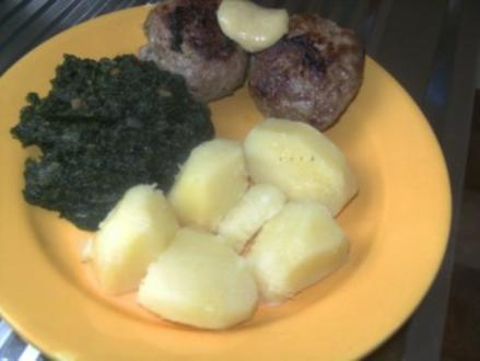 Bouletten mit Porreefüllung  einem Hauch Zimt - Salzkartoffeln ,Spinat und - Rezept