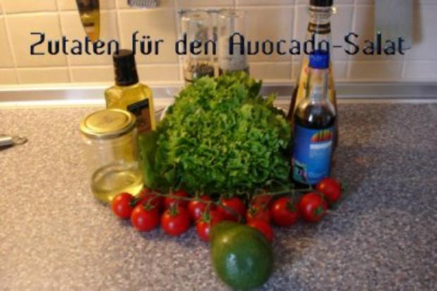 Avocado-Tomaten-Salat auf Lollo Bianco - Rezept - Bild Nr. 2