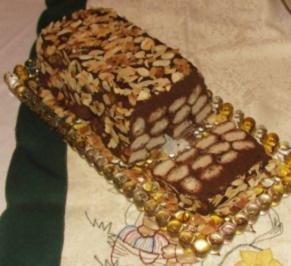 gekühlter Schokokuchen mit Löffelbisquit - Rezept