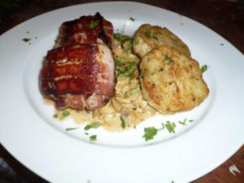 Schweinsmedaillons mit Pilzragout und gebratenen Serviettenknödeln - Rezept
