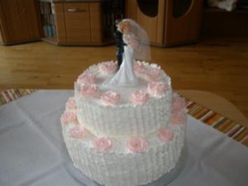 Hochzeitstorte Mit A 26 Cm Und Eier Rezept Mit Bild Kochbar De