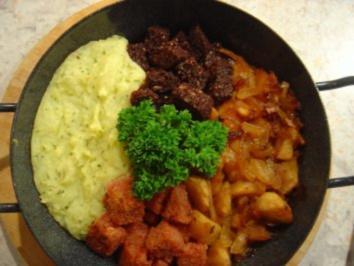Rezept: Bauern - Pfanne mit Zwiebel-Apfelmus und Kartoffelpürree