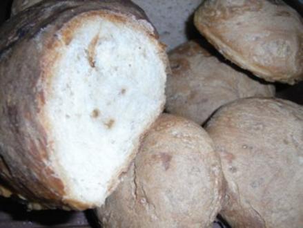 Dinkel-Weißbrot oder -brötchen - Rezept