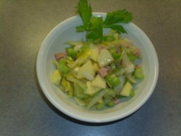 Salate: Apfel-Selleriesalat - Rezept