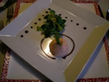 Räucherlachs Mousse im Feldsalatbett - Rezept