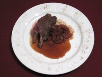 Hirschkalbsfilet mit Rotwein-Birnen-Chutney - Rezept