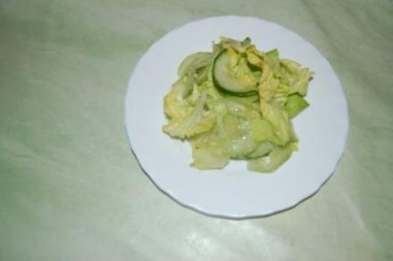Gurkensalat mit Chili und Ingwer - Rezept