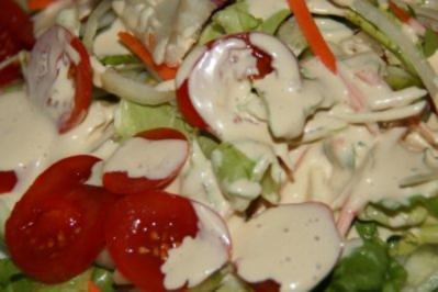 Vorspeise: Salat Provance mit Sardellendressing - Rezept