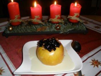 Bratapfel mit weißer Schokosauce - Rezept