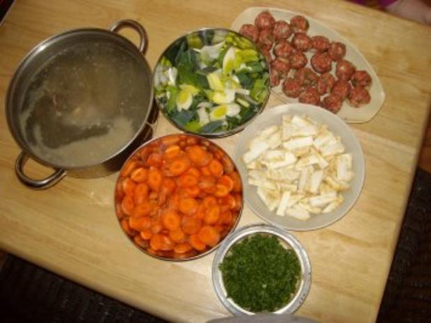 Gemüsesuppe mit Rindfleisch & Hackbällchen - Rezept - Bild Nr. 2