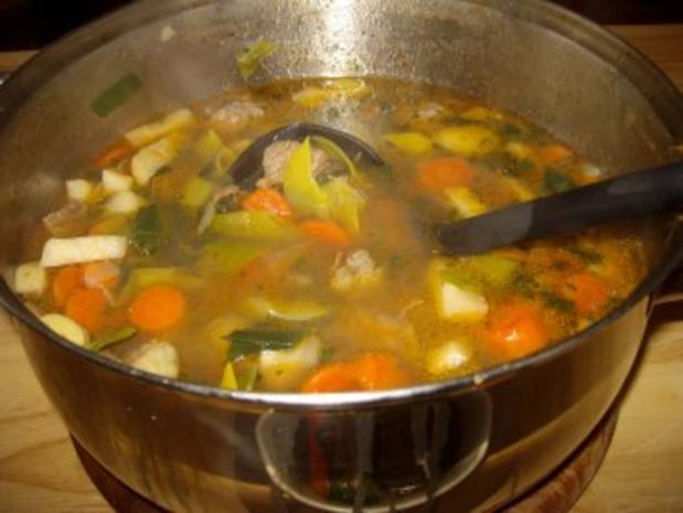 Gemüsesuppe mit Rindfleisch & Hackbällchen - Rezept - Bild Nr. 3