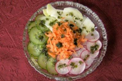 Rezept: Einfach nur Salat