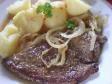 Kalbsleber mit Zwiebeln und Salzkartoffeln - Rezept