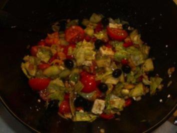 Salate: Gemischter Griechischer Salat - Rezept
