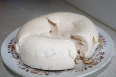 Vanilie-Kirsch-Eis mit Litschi - Rezept
