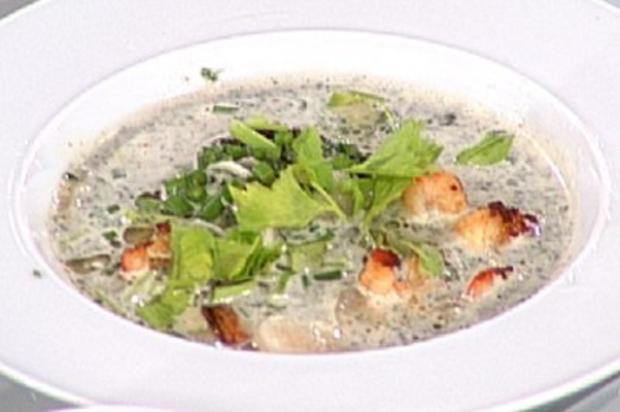 Japanische Fischsuppe mit Wasserkastanien (Gundis Zámbó) - Rezept