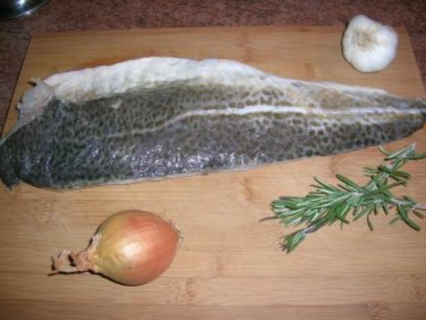 Skreitranchen auf der Haut gebraten an Graupenrisotto und geschmorten Kirschtomaten - Rezept - Bild Nr. 3